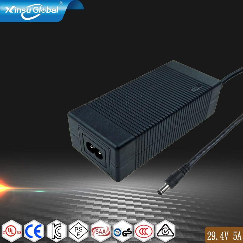 29.4V5A锂电池充电器 锂电背负式电动喷雾机25.9V电池充电器 1