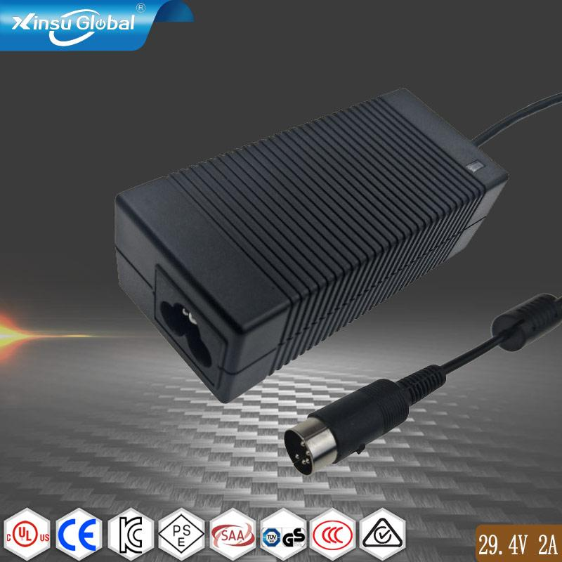 CE ROHS UL FCC PSE KC認証鋰電池充電器 29.4V2A 1
