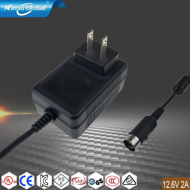 12.6V2A锂电池充电器 探测器充电器  1