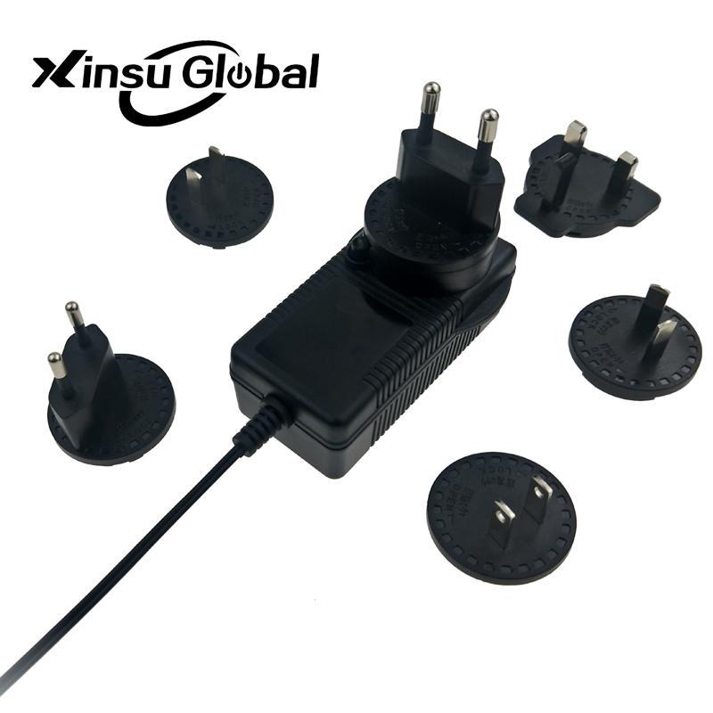 12.6V3A 转换头锂电池充电器 可换插脚电池充电器 2