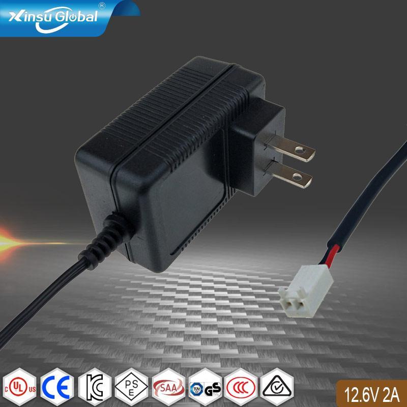 12.6V2A充电器 UL认证儿童教育玩具机器人充电器 1