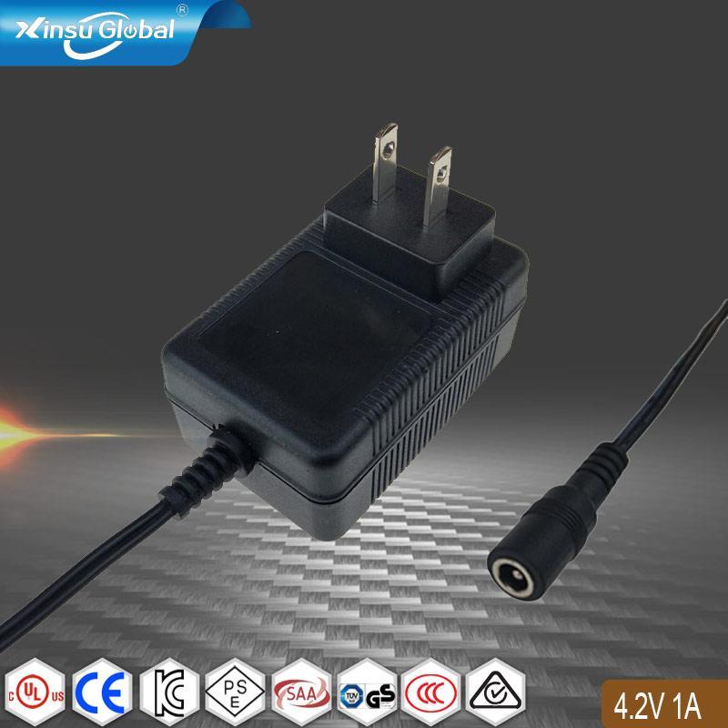 4.2V1A锂电池充电器 儿童教育机器人充电器 1
