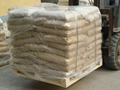 98% Calcium Formate on tile adhesive