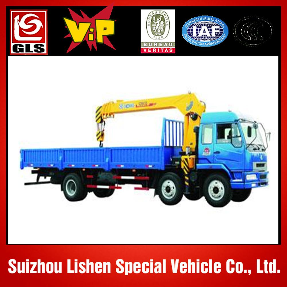 dump truck with crane 4