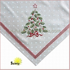Christmas Tree Embroidery of Christmas Tablecloth in 2017