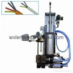 氣電式剝皮機LM-310