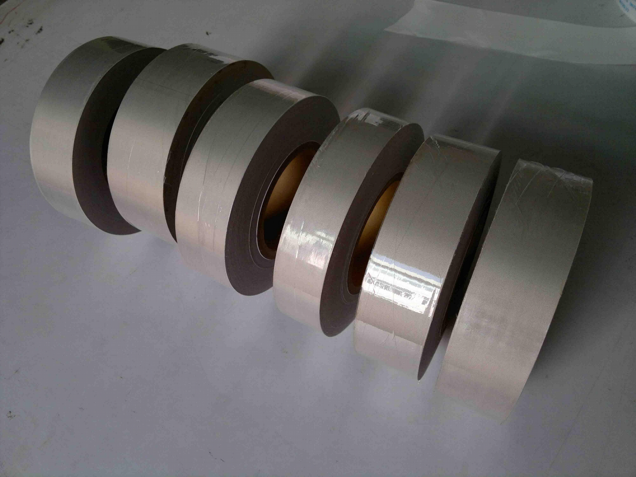 全自動導電布切斷機 LM-100 2