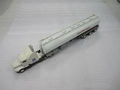 1:64 premium gifts oil truck model manufacture