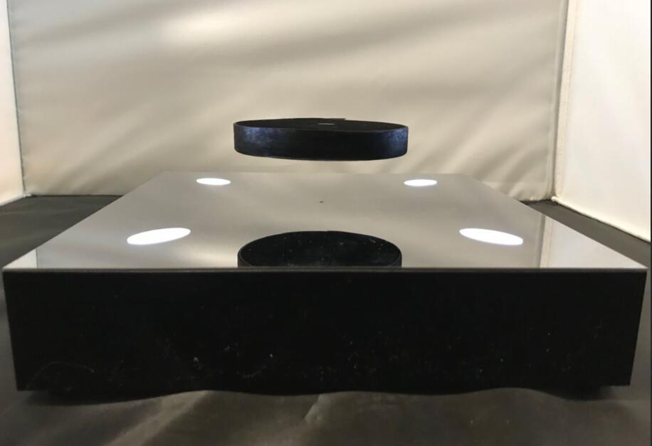 magnetic floating levitation 2kg bottle display rack  3