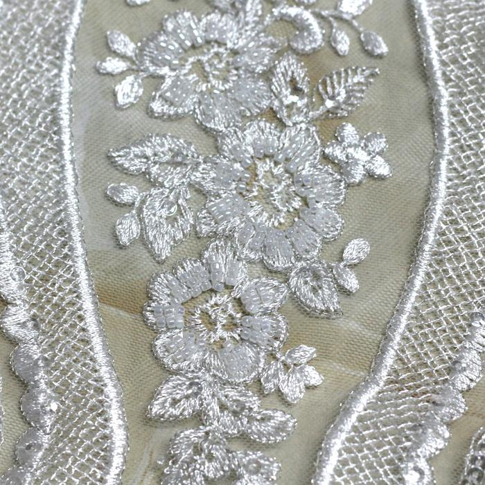 Factory direct white wedding decoration and textured wedding dress fabric 3