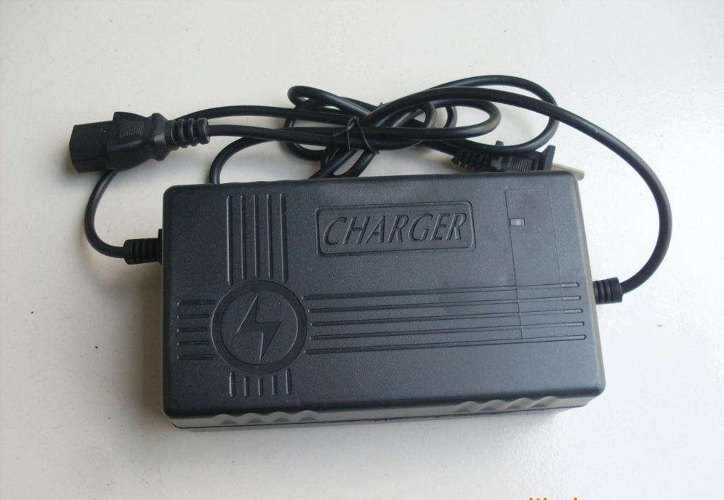 Lead Acid Battery Charger for Electric Bicycle/Motorcycle/E-Scooters/Golf Vehicl 2