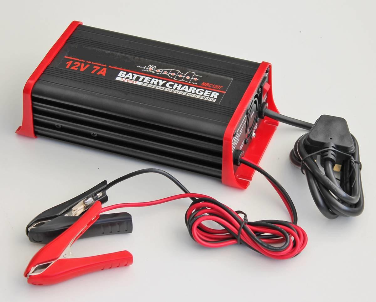 High Quality 12V  6A Lead Acid Battery Charger 1