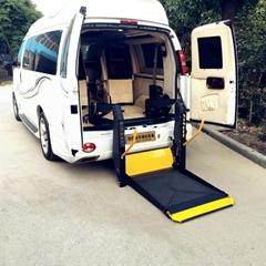商务车尾门残疾人轮椅上车电动液压升降机 无障碍举升器