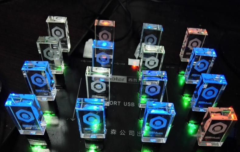透明发光水晶U盘 高档3d内雕logo水晶优盘 工厂定制LED灯红蓝绿白 5