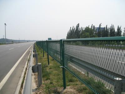 上海岑功廠家批發高速護欄網可定製 3