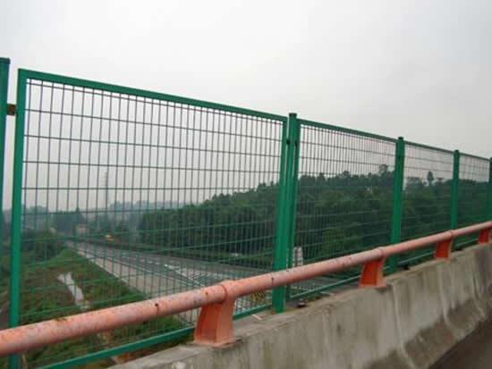 上海防拋護欄網 4