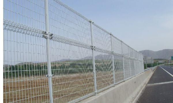上海防撞護欄網 1