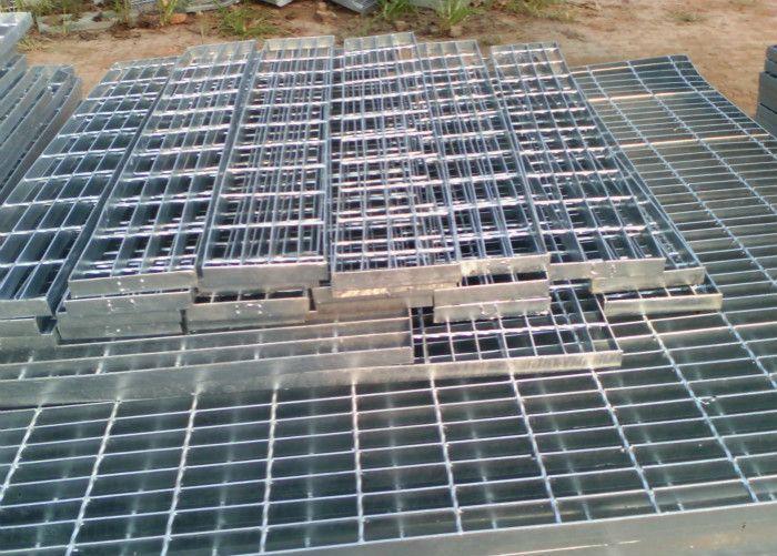 上海热镀锌钢格栅 3