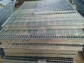 上海熱鍍鋅鋼格柵 4