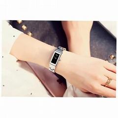 时尚女性方形手表