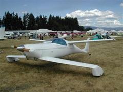 Quickie系列鴨翼輕型飛機火熱開售