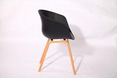 具有现代简约风格的餐椅家具