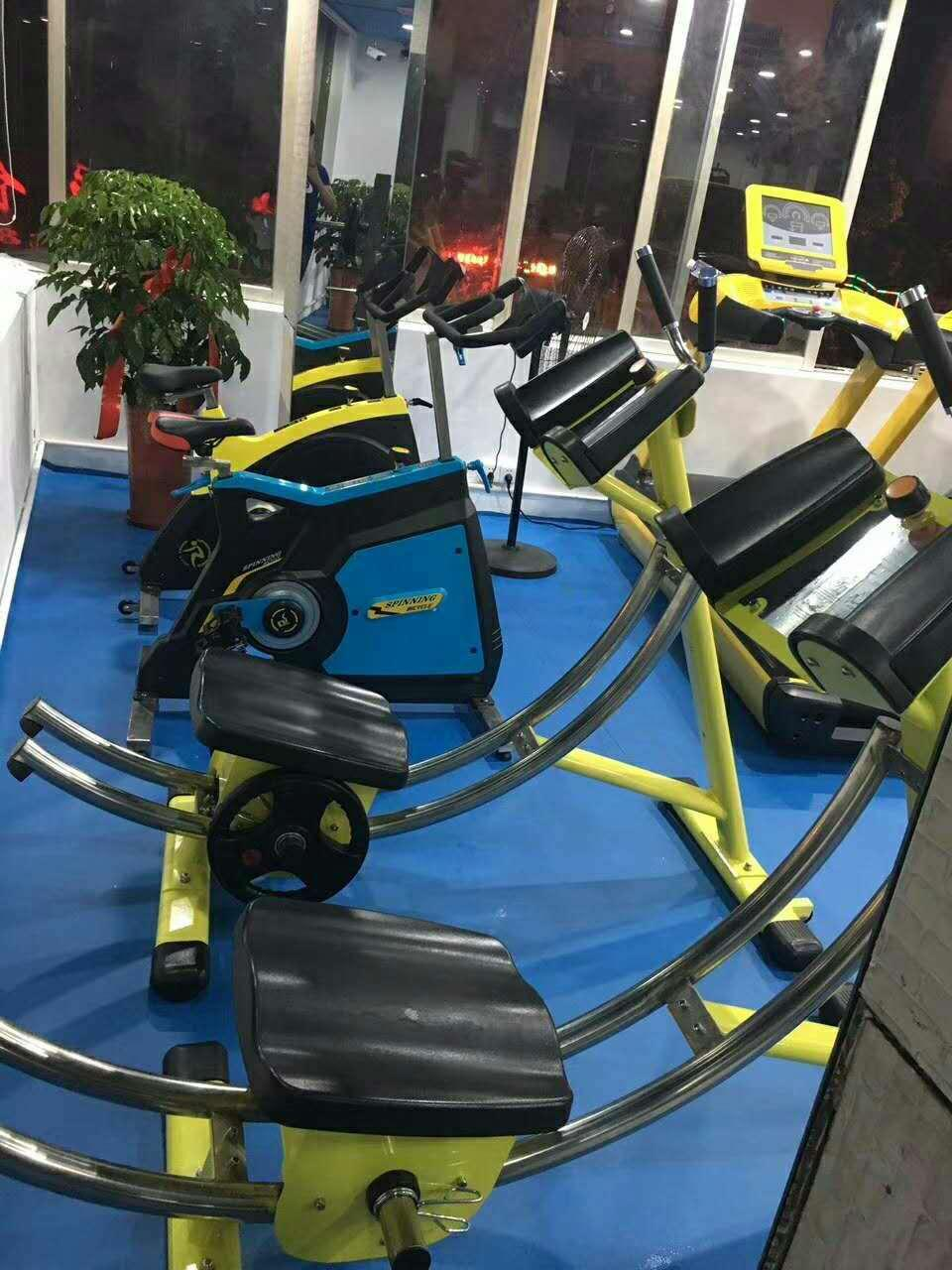 健腹機練習器 健身器材廠家 美腰機練習器 2