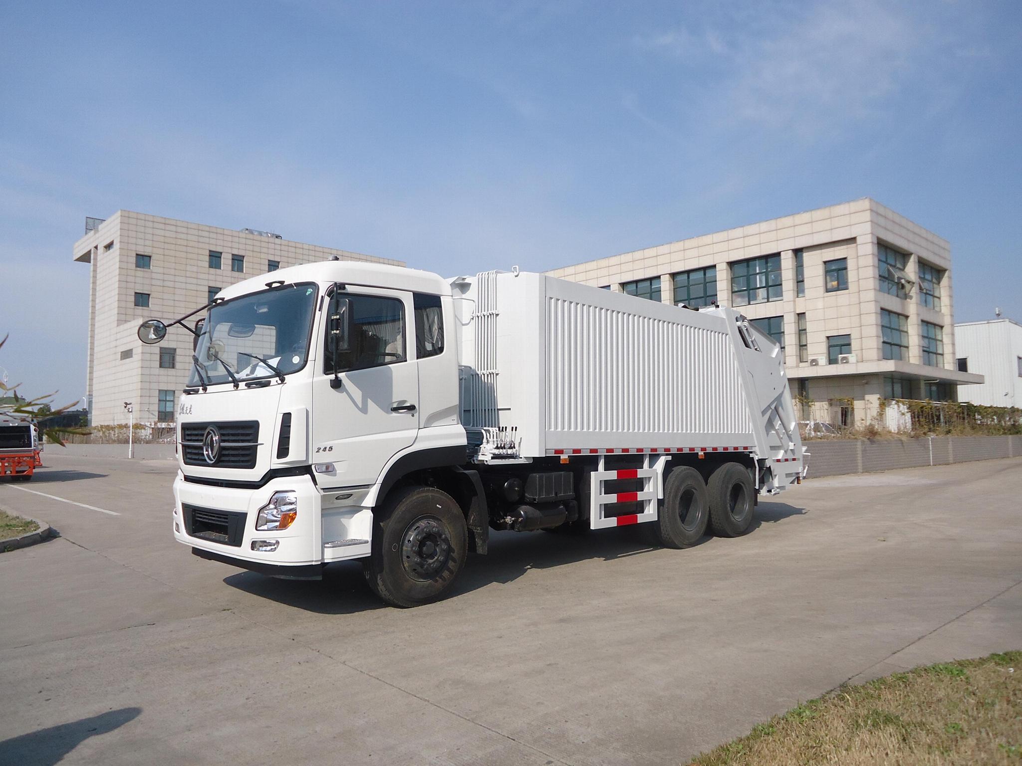 20T rear loading compressor garbage truck  1