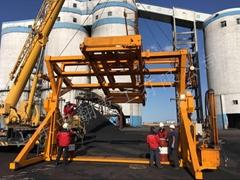 宿州移動式液壓集裝箱翻轉機優質高效