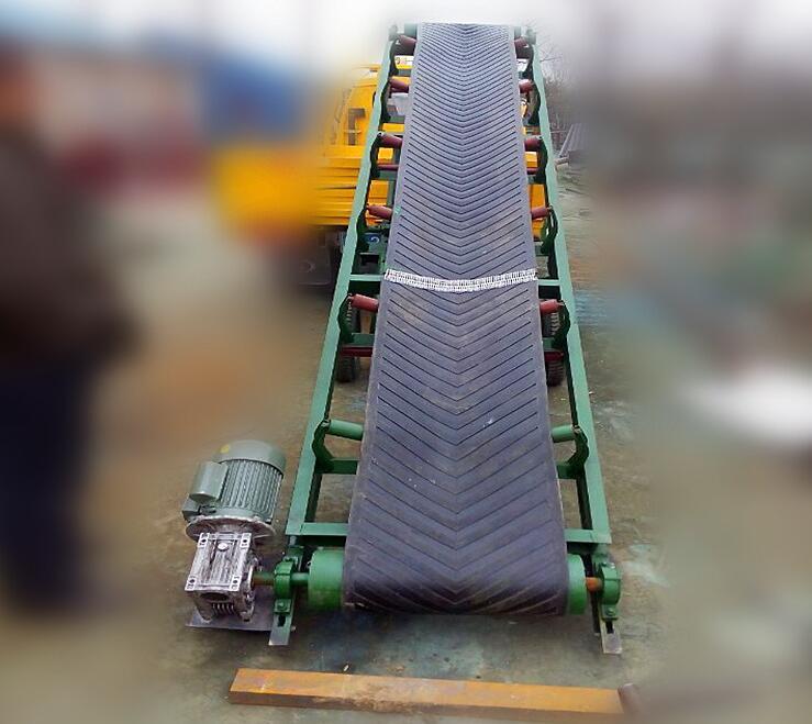 可移动角度可调节装卸皮带输送机 1