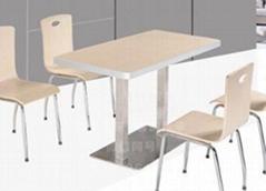 食堂不鏽鋼桌椅連體桌椅曲木桌椅玻璃鋼桌椅