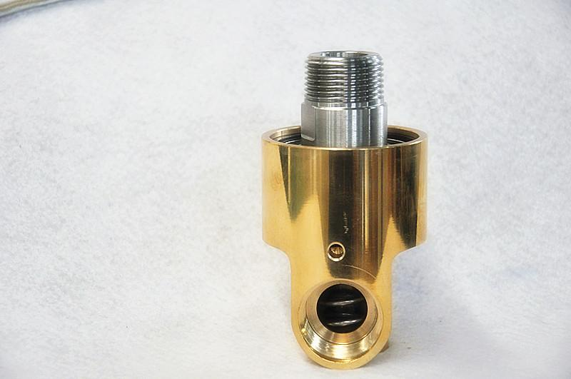 BSP thread connection brass cooling rotary joint for water