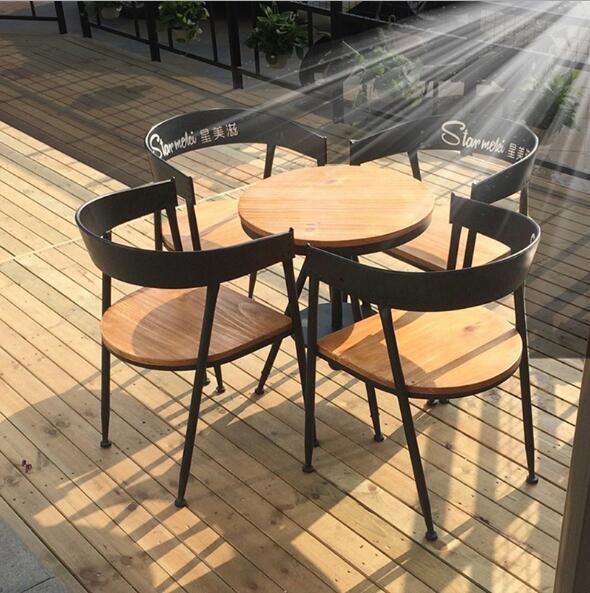 實木咖啡桌椅 5