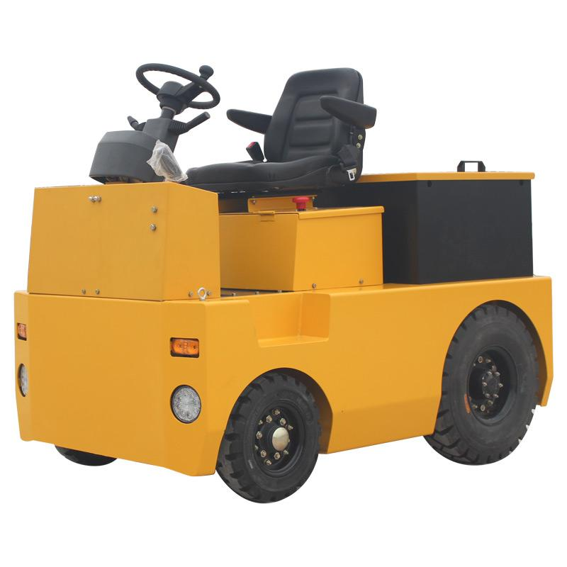 4-wheel Electric Tow Tractor  1