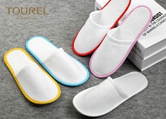 Brush Fabric Dispsable Closed Toe Spa Slippers White Color Red Edge