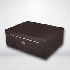 进口西班牙香柏实木贴木皮雪茄箱保湿盒