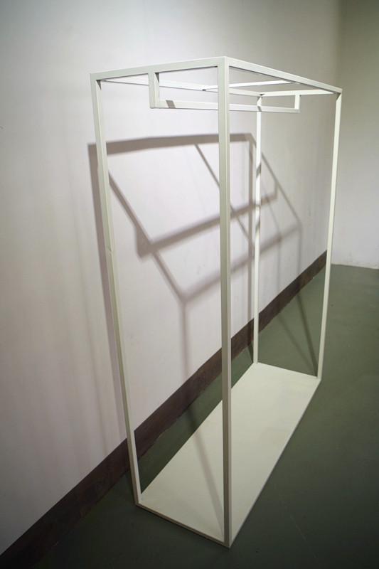 服裝展示架高架牆上展示架白色 1
