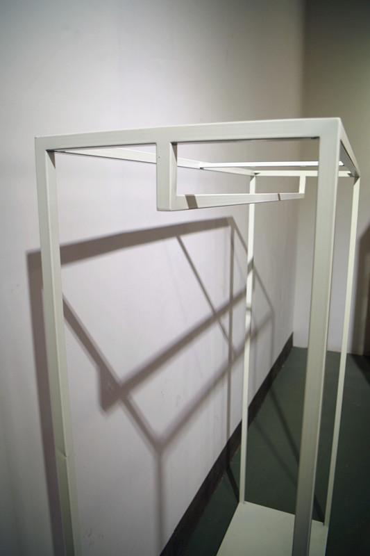服裝展示架高架牆上展示架白色 6