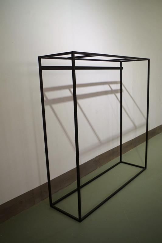 服裝展示架高架牆上展示架黑色 5