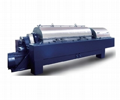Horizontal decanter centrifuge