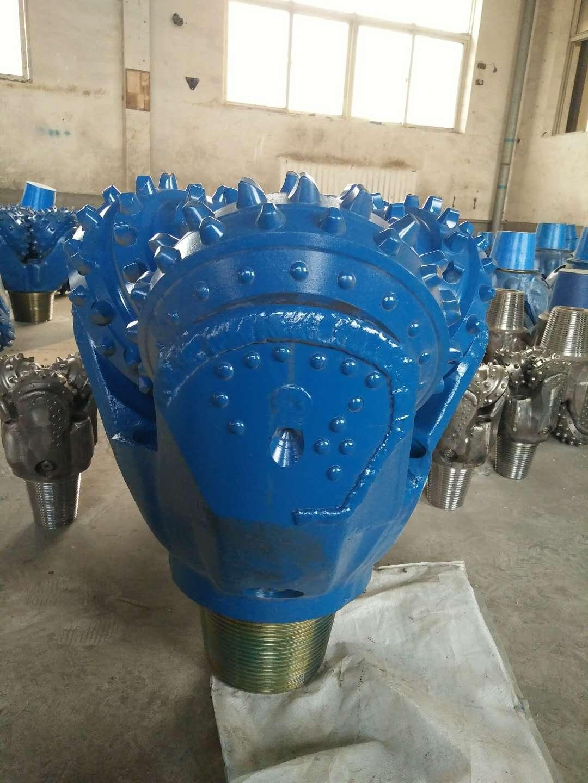 工程打桩用高品质橡胶密封三牙轮钻头 1