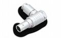 金屬推拉自鎖連接器彎頭(90°)-兼容FPG插頭 1