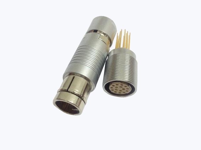 金属推拉自锁连接器兼容F系列连接器 5