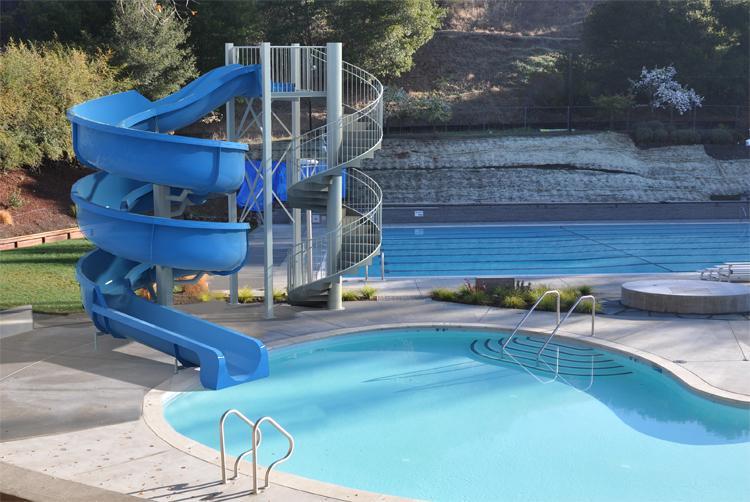 swimming pool water games water park slides 4