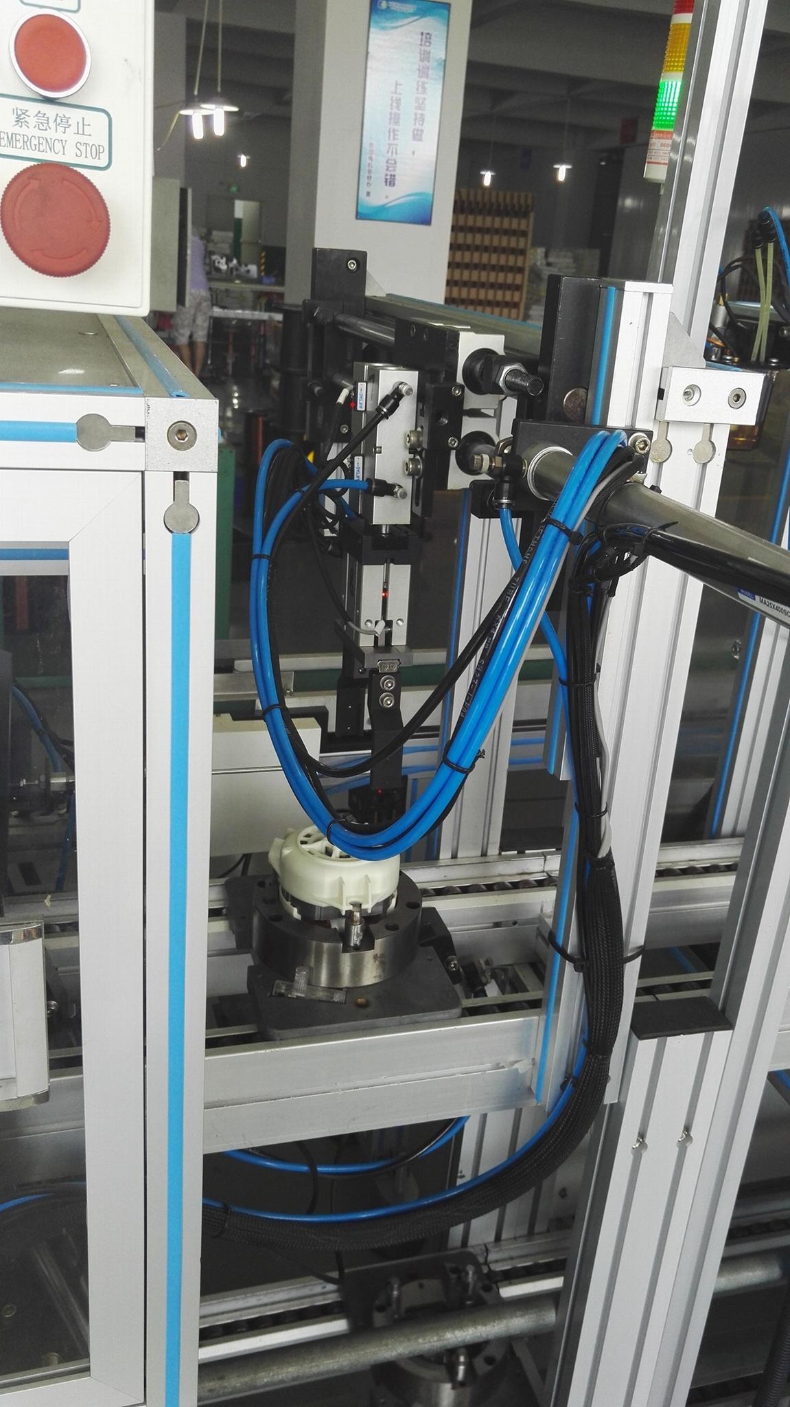 自动化组装设备 2