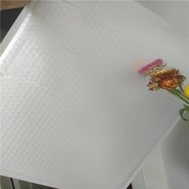 高質量奶白膜復合氣泡袋 3
