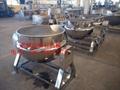 電蒸汽加熱攪拌型刮板式立式可傾斜夾層鍋 1