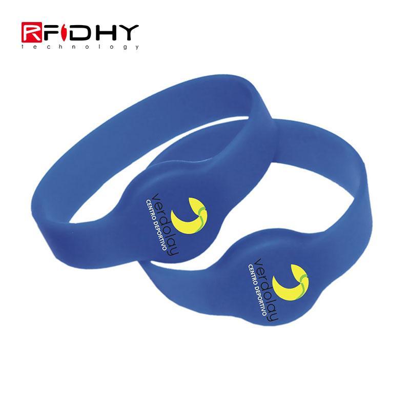 RFID silicone wristband 4