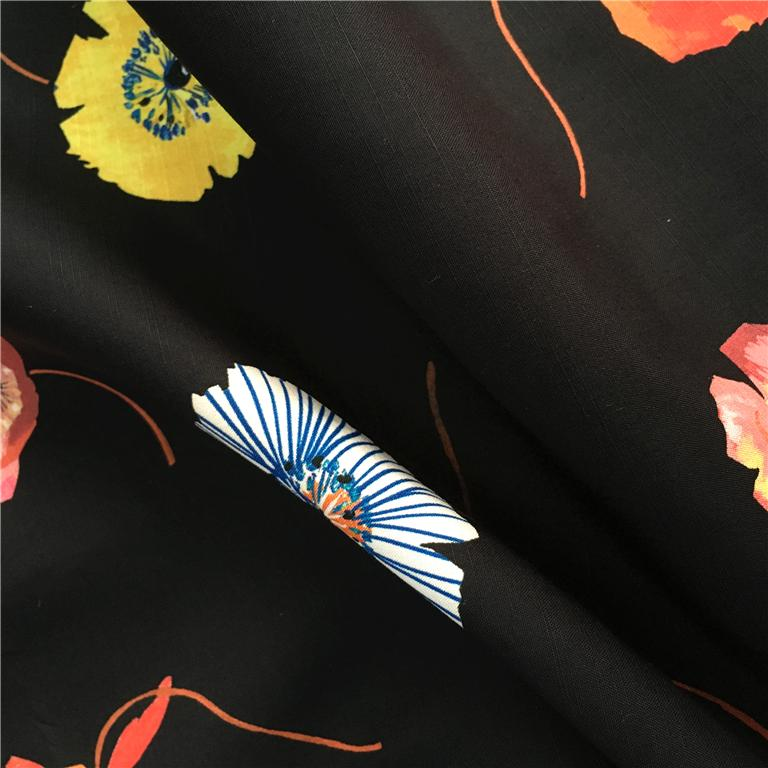Factory Direct Low MOQ Custom Print Cotton Fabric Wholesale 2