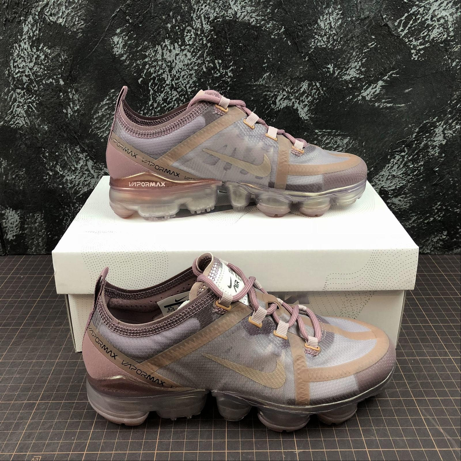 More styles are showed here: :http://2942273488.x.yupoo.com/search/album?uid=1&q=2019+NIKE+AIR+VAPORMAX